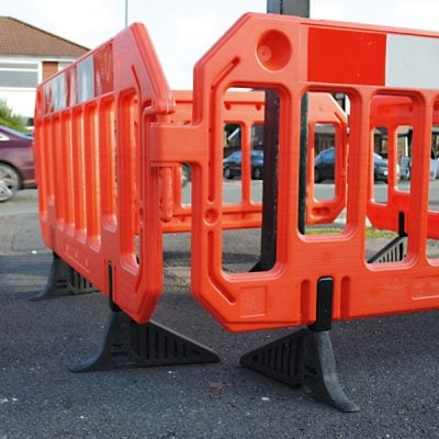 Traffic Barriers 2000 x 1000 mm by Step and Store