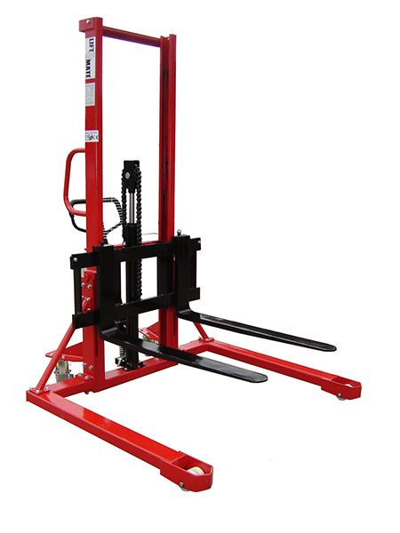 1000kgs Straddle Stacker by Step and Store