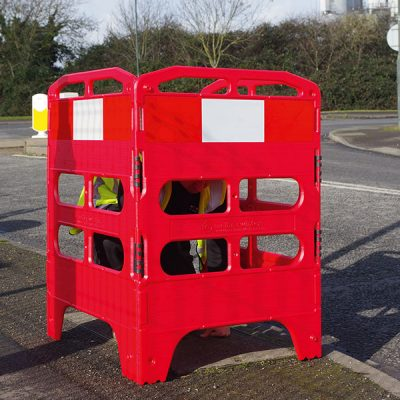 Traffic Barriers 3/4 Panel by Step and Store