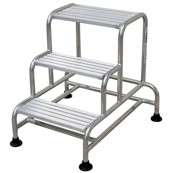 Industrial Pinnacle Stable Step | Step and Store